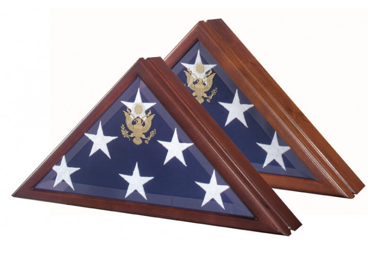 Presidential Flag Case with Hinged Lid in Cherry